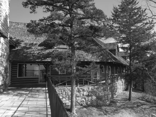 lodge bw