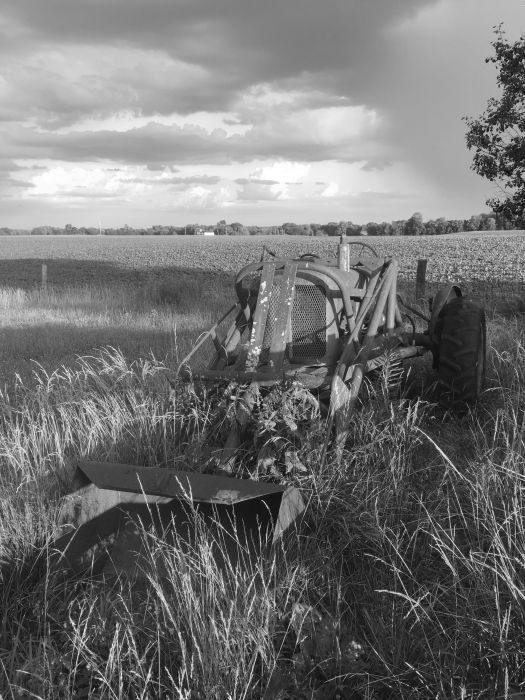 tractor b&w